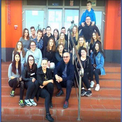 Album fotograficzny klasy 4TG (2015/2019). Autor: Jerzy Moskal